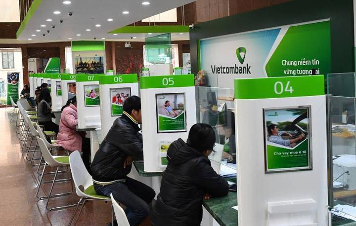 Ngân hàng Vietcombank làm việc thứ 7